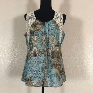 840 Dressbarn Sleeveless blouse. SzM
